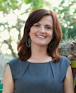 Dr. Carlen Blume