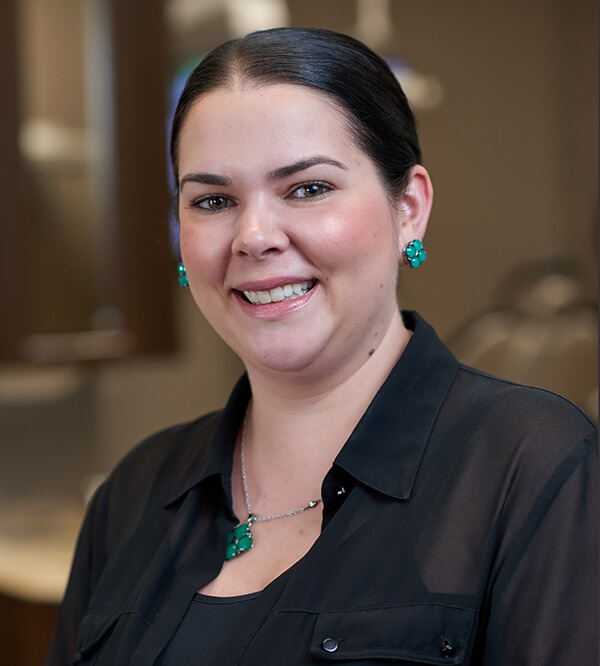 Dr.Raquel Kirwin