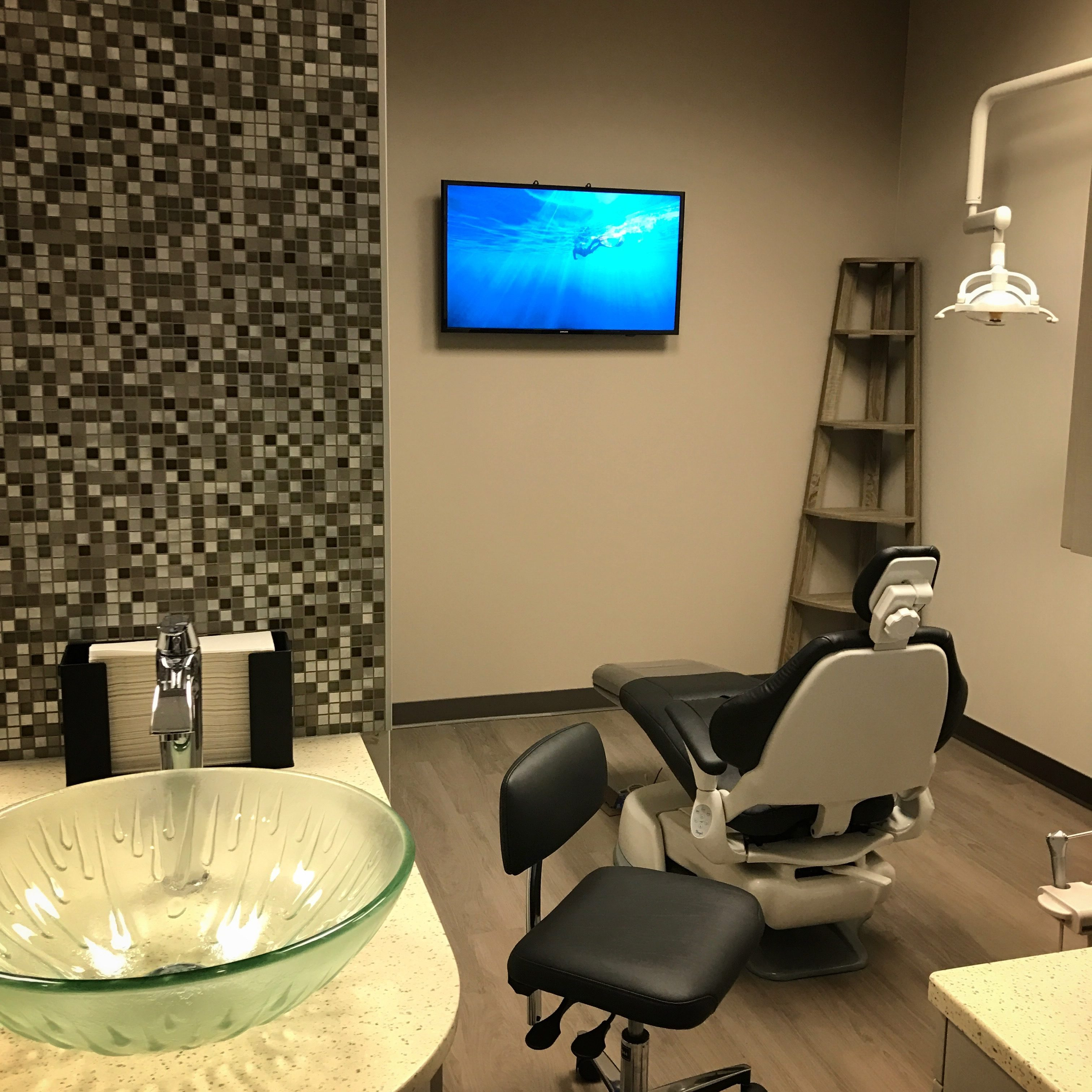 Dr. Dae Yoon Dental Room