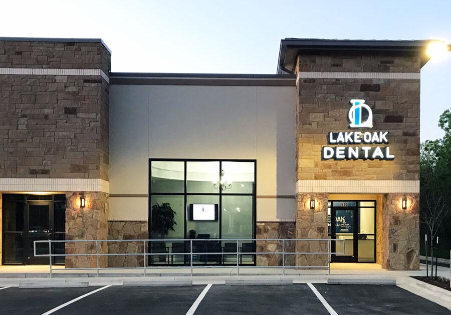 Exterior of Dental Office Lake Oak Dental